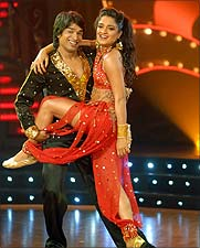 Sandhya performs with her dance partner