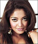 Tanushree Dutta in Risk