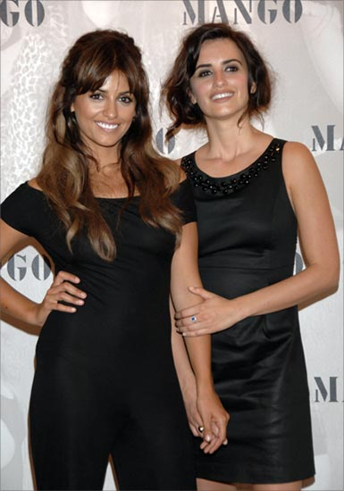 100+ Monica Cruz photos when young