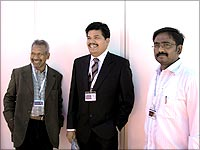 Filmmaker Mani Ratnam, producer Shankar and director Vasantha Balan pose for a picture.
