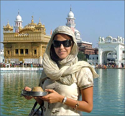 Neha Dhupia at the Golden Temple, Amritsar