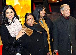 Jhumpa Lahiri with parents Tia and Amar, and her sister