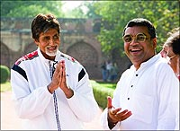 Amitabh Bachchan and Paresh Rawal in a still from the movie