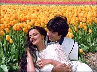 Rekha and Amitabh in Silsila