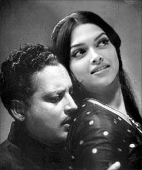 guru dutt and sunil dutt relation
