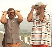 Rajpal Yadav and Suresh Menon in Krazzy 4