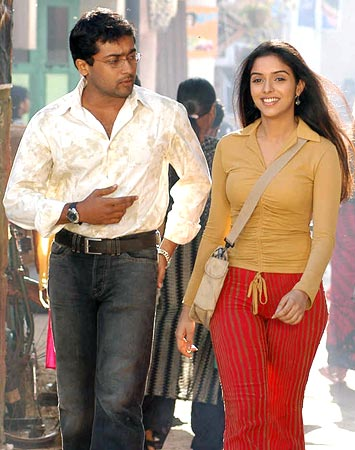 Surya & Asin from the film Ghajini