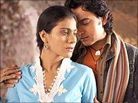Kajol and Aamir Khan in Fanaa
