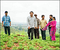A still from Thaayi