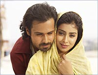 A still from Awarapan