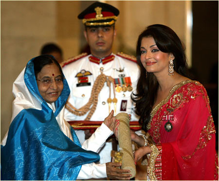 Pratibha Patil and Aishwarya Rai Bachchan