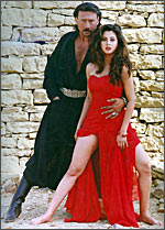 Jackie Shroff and Urmila Matondkar in Rangeela