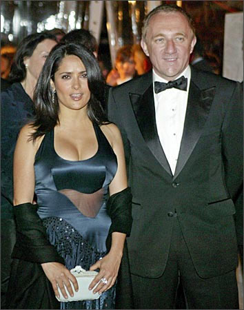 salma hayek husband and daughter. Academy winning actress Salma