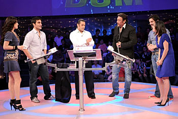 Dia Mirza, Arbaaz Khan, Salman Khan, Jackie Shroff, Sohail Khan and Nauheed Cyrusi
