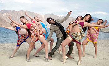 A scene from Raaj, the Showman