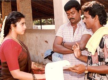 A scene from Bharathi Kannamma