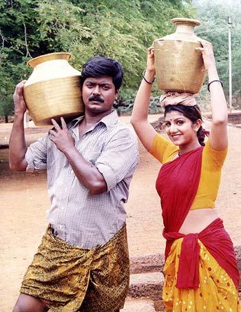 A scene from Desiya Geetham