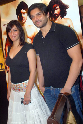 Nauheed Cyrusi and Sohail Khan