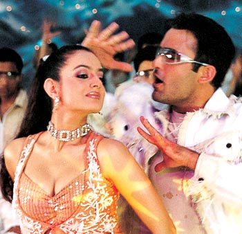 Ameesha Patel and Akshaye Khanna in a scene from Humraaz