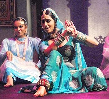Mahie Gill in a scene from Gulaal