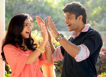 A scene from Kalavaramaye Madilo