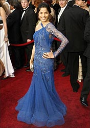 Freida Pinto at the red carpet