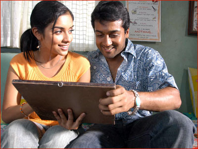 Asin and Surya from Ghajini