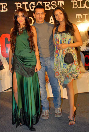 Jiah Khan, Aamir Khan and Asin