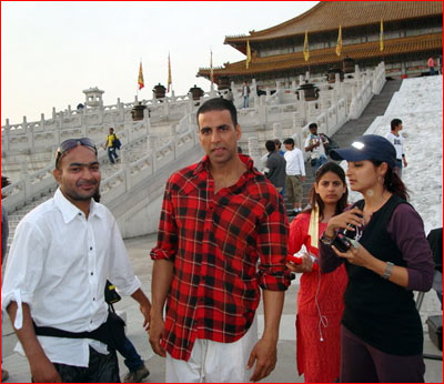 On sets of Chandni Chowk To China