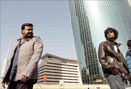 Pranav Mohanlal New Photo First Look: Mee...