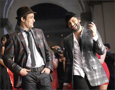 Akshaye Khanna and Arshad Warsi