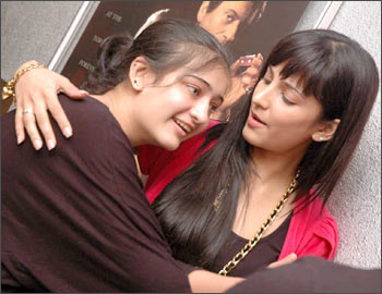 Shruti with sister Akshara