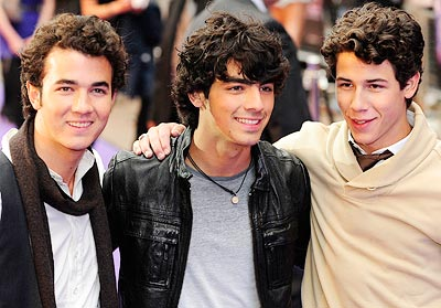 (From left) Kevin Jonas, Joe Jonas and Nick Jonas arrive for the UK Premiere of their movie