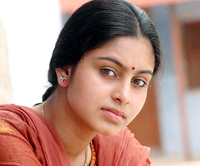 A scene from Nadodigal