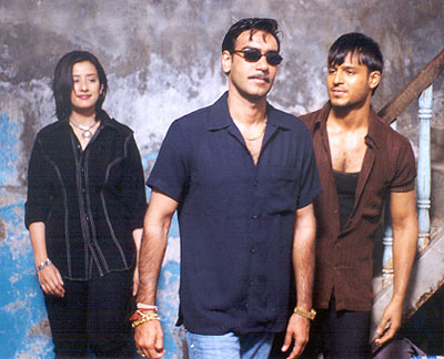 Manisha Koirala, Ajay Devgan and Vivek Oberoi in Company