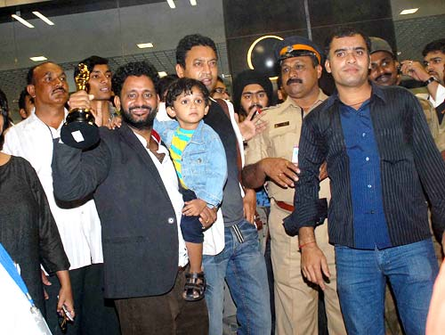 Resul Pookutty and entourage