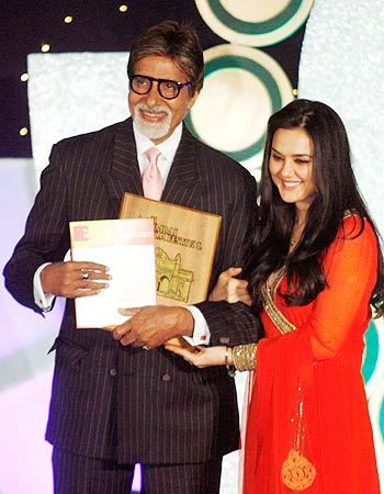 Amitabh Bachchan and Preity Zinta