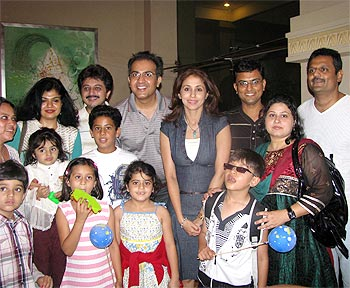 Spotted: Urmila Matondkar poses with kids - Rediff.com Movies Urmila Matondkar Family Photo