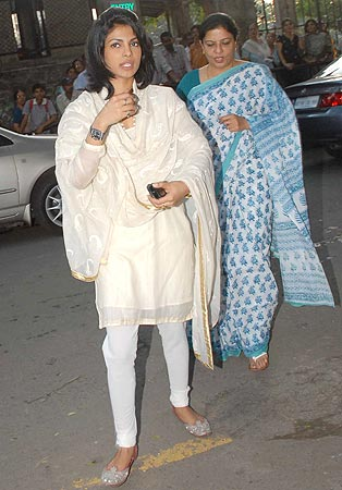 Priyanka Chopra and her mother