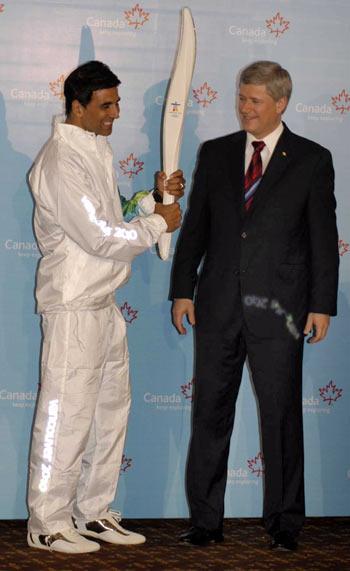 Akshay Kumar and Canadian Prime Minister Stephen Harper