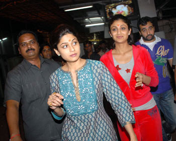 Shamita Shetty, Shilpa and Raj Kundra