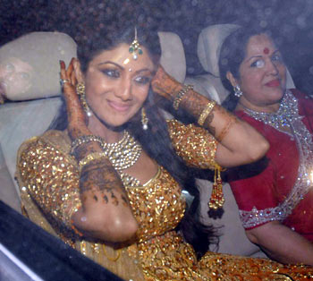 Shilpa Shetty and her mother