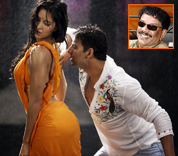 In films like De Dana Dan, I'm telling a lie :  Priyadarshan,
