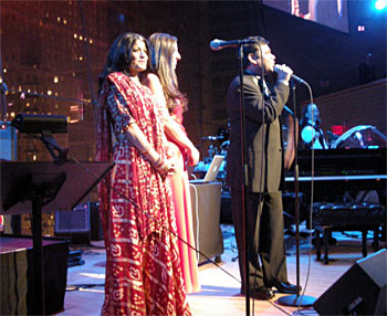 Falu on stage with A R Rahman