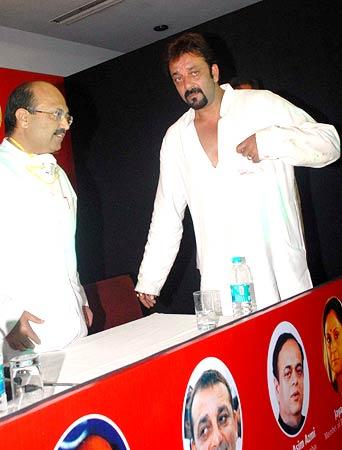 Amar Singh and Sanjay Dutt