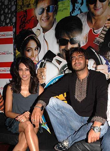 Bipasha Basu and Ajay Devgn