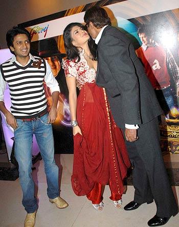 Ritesh Deshmukh, Jacqueline Fernandes and Amitabh Bachchan