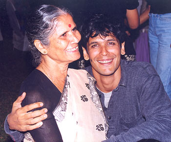 Milind Soman and his mom