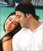 Kareena Kapoor and Salman Khan in Main Aurr Mrs Khanna