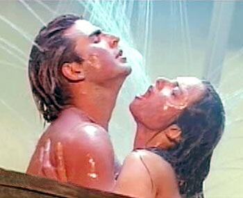 Akshay and Rekha in a scene from Khiladiyon Ka Khiladi